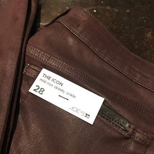 👖The Icon Mid Rise Skinny Ankle Size 28 Burgundy